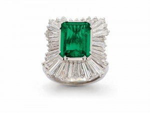 Emerald and Diamond Ring at Dupuis Auctioneers