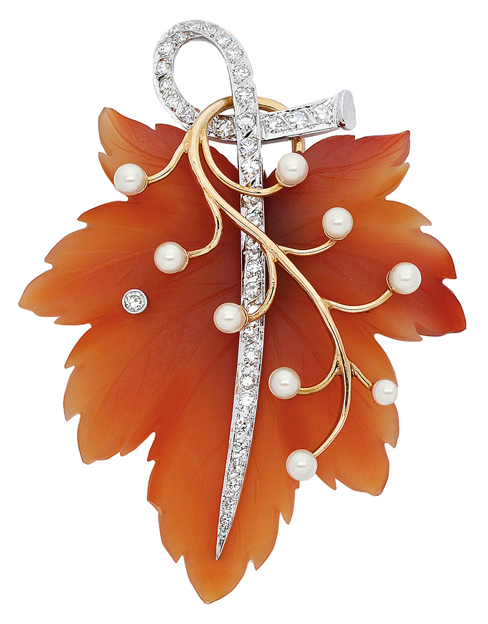 Diamonds International Award winning jewels: Lot 297 Bick & Ostor maple leaf