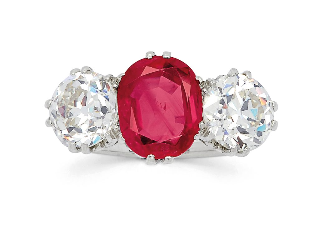 No heat antique Burma ruby ring