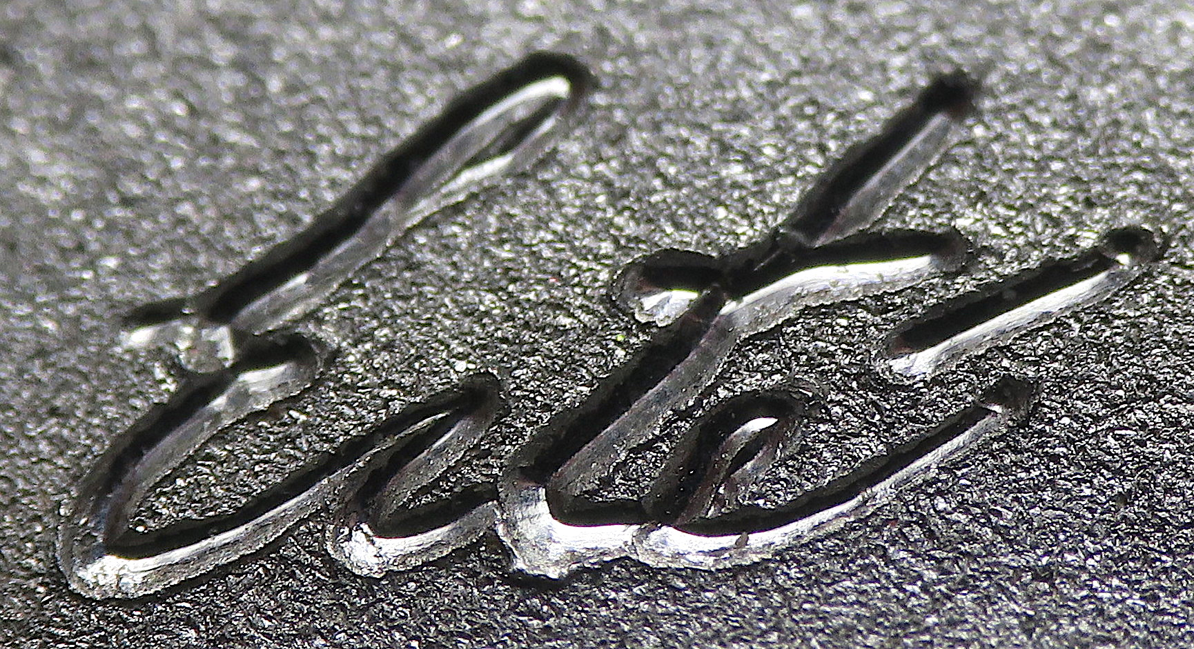 Erté signature